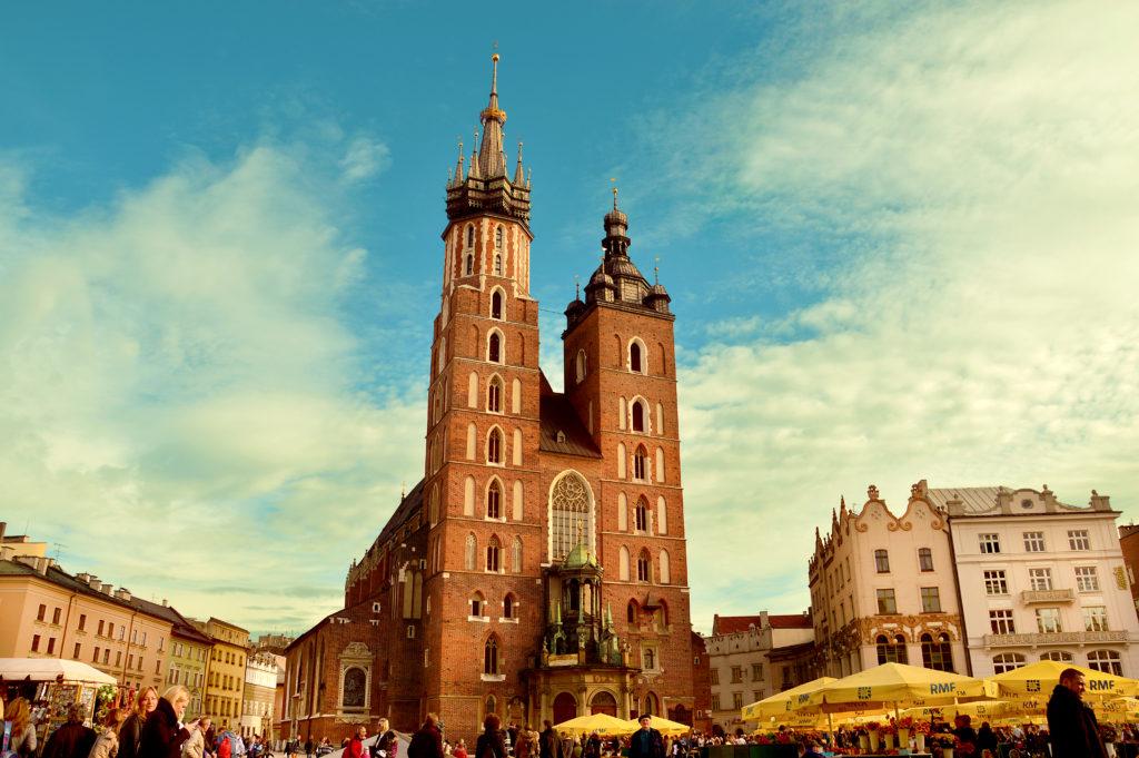 Kościół Mariacki w Krakowie, Kraków, zwiedzanie Krakowa na wózku inwalidzkim, wózek elektryczny, Kraków dla wózkowiczów